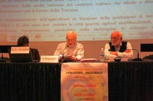 Alberto Magnaghi durante l'intervento al Convegno della rete del 24-3-2012